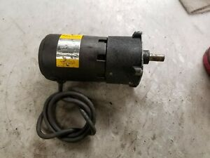 BALDOR 1/25 HP ELECTRIC DC GEARMOTOR 90 VDC 87:1 RATIO 19 RPM 80 TORQUE GPP2010