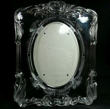 """Heavy Glass Picture Frame for Oval Picture With Etched Design for 5"""" X 7"""" Easel"""