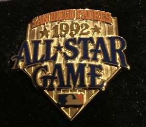 VINTAGE 1992 SAN DIEGO PADRES  MLB ALL STAR GAME PRESS PIN WITH ORIGINAL CASE