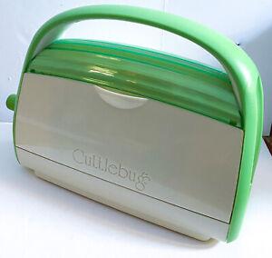 Provo Craft CUTTLEBUG Die Cutter Cutting & EMBOSSER Green Machine Only