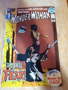 Wonder Woman 199 VF- CLASSIC BONDAGE COVER!