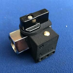 1/4 BSP Female Female Oil Tap with Cutout Switch