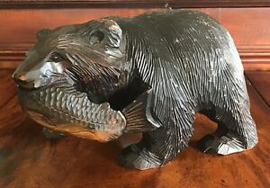 """9.5"""" X 6"""" Antique Hand Carved Wooden Bear With Salmon In Mouth"""