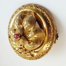 Splendido antico Georgiano Oro & Ruby Set a cerniera Foglia Spilla di immagine di copertina c1800