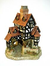 """Squires Hall By David Winter 1985 Figurine Collectible Great Britain 7""""x5"""""""