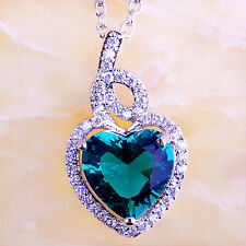 Heart Pretty Green & White Topaz Gemstone Beautiful New Silver no chain Pandent