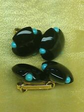 TRIANON 14 K YELLOW GOLD, ONIX And TURQUOISE  CUFFLINKS,