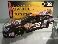 Elliott Sadler #38 Snickers 2006 1/24 Scale NASCAR Sprint Cup Diecast