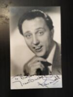 KEN DODD - LATE GREAT COMEDY ENTERTAINER - EXCELLENT SIGNED PHOTOGRAPH