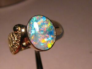 Australian Red and Blue Gem Opal Ring  8 grams 14 k Yellow Gold size 11