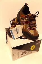 WOMANS CHUNG SHI BALANCE STEP ALL WEATHER SHOE BSAT-01US SIZE 6.5 NEW IN BOX