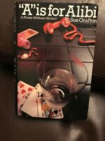 """SUE GRAFTON """"A"""" is for Alibi ~ Hardcover 1982 SIGNED BY AUTHOR"""