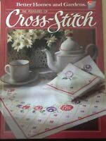 Better Homes & Gardens THE PLEASURES OF CROSS STITCH 1984  80pg book