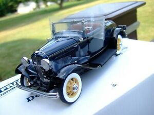 Danbury Mint 1/24th Scale 1932 Ford Deluxe Roadster-BOX-EXCELLENT-