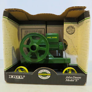 "Ertl John Deere""E"" Engine  1/6 JD-4350DO-B"
