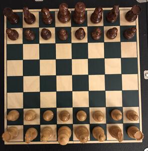 "Collectible Vintage Drueke Solid Wood Chess & Checker Set Original Box 2.5"" King"