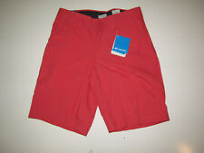 COLUMBIA Faded Red Modern Classic Casual Shorts NWT Mens Size 30