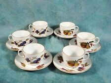 Royal Worcester Evesham Berry Gold Tea Coffee Cup Saucer  Oven Safe England