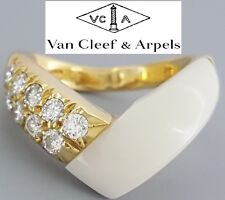 Van Cleef & Arpels VCA 18K Yellow Gold Round Cut Diamonds White Coral Ring