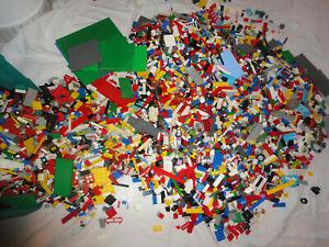Lego kilo 14Kg VRAC Récent Ancien CITY FIRENDS VILLE pièces BRIQUES RARE LOT