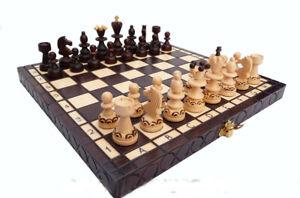 "Nuevo ajedrez de madera ""Familiar""."