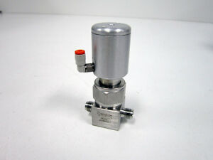 SWAGELOK SS-BNS4-C HIGH PURITY BELLOWS SEALED VALVE 1/4 FITTING NC ACTUATOR