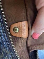 Louis Vuitton Speedy 25 Handbag - VI0932