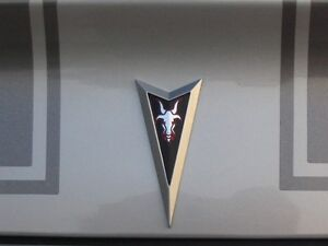 2004 2005 2006 PONTIAC GTO GOAT ARROW OVERLAY DECALS FITS FRONT AND REAR EMBLEMS