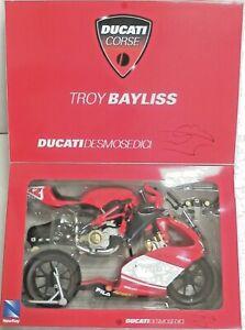 NEW RAY 1:6 DIE CAST KIT MOTO DUCATI DESMOSEDICI TROY BAYLISS   ART 49015
