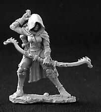 Reaper Miniatures Dark Heaven Legends 03255 Callie, Female Rogue w/ Bow