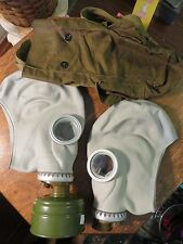 2 Vintage Soviet Russia Army Gas Masks in Original Carrying Bag cp747 T-77 1y