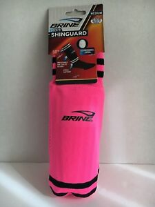 One BRINE PAIR OF SOCK'R SHINGUARD PINK MEDIUM YOUTH UP TO 5ft 3in