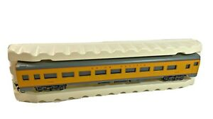 Vintage AHM Rivarossi 85' Union Pacific Coach 2004 with change out couplers OB