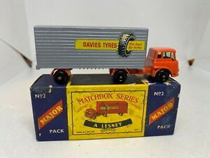 Matchbox Series Major Pack a Lesney Product M2 Bedford Tractor & York Trailer
