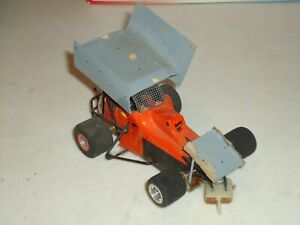 1/24 SPRINTS CAR MODIFIED WOMP CHASSIS  AS-IS NOT RUNNING WELL USED