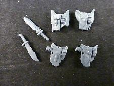40k Space Marines del caos: Belt Pouch / pistola / Granadas + combatir Cuchillos (6)