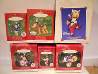 Hallmark MICKEY'S HOLIDAY PARADE ORNAMENTS Complete set of 6 Disney 1997 - 02