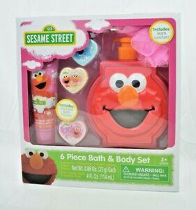 Sesame Street (2014) - 6 Piece Kid's Bath & Body Set w/ Bath Loofah (Elmo) New