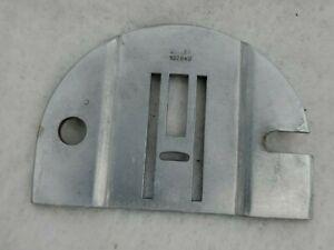 Singer Sewing Machine 457 Slide Throat Needle Plate No # 102843