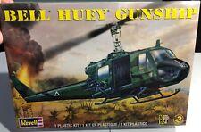 Revell Bell Huey Gunship 1/24 FS NEW Model Kit 'Sullys Hobbies'