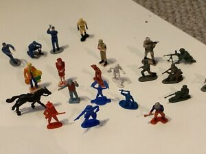 vintage mini plastic and rubber toys! 22 total figures! all random brands!