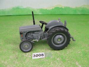 vintage Siku farmer classic 3470 Ferguson TE Tractor 1/32 tractor model 3008
