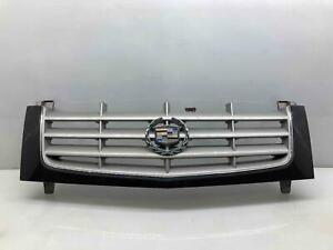 2002-2006 Cadillac Escalade Grille Assembly w/ Emblem OEM Black OEM Code 8555