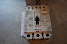 Caja moldeada SIEMENS Disyuntor 3VF3311 VDE 0660/IEC 947-2 Stock #BD55