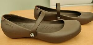 Khaki green Crocs mary jane style size uk 7 W9