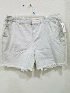 STYLE & CO Women's PLUS Size 16W Chino Shorts**Mid Rise**Raw Hem**Pockets**NWT**