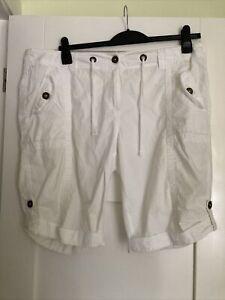 Ladies White George Shorts Size 18