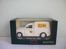 Saico TY3340 Morris Minor Van Bisto Green Opening Doors 1 26 Opened 47