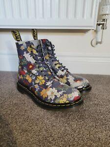 Dr Martens Navy Floral Pascal Boots Size 5 EUR 38