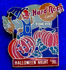 TOKYO HALLOWEEN SCARECROW PUMPKIN PATCH FULL MOON 1996 GUITAR Hard Rock Cafe PIN